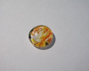 Glass cabochon round 12 mm with a flower image