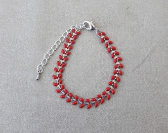 Red enamel spike chain bracelet