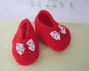 "Baby booties ""red glitter"" 1 month old - hand made knit"