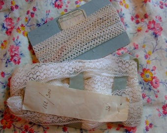 2 antique lace in ecru cotton (photo set)