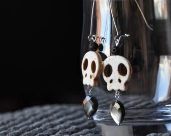 Skull & Pearl look rock chic earrings!