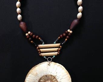 "Necklace ""fruit bread"" Afro-Apache"