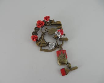"""Alice """"brooch""""roses in red paint"""