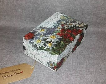 Wooden box,wooden box with soap,decorated box,wood box,box and soap set,decoupage decorated box,box for girls,box for woman,jewelry box