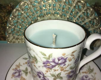 "Tea Cup Candle - Royal Albert 1982 Rose Chintz Series ""Purple Lace"""