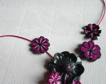Necklace flower print and grey metallic polymer clay