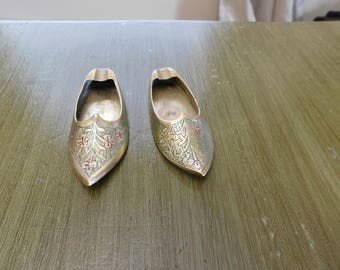 Vintage Brass Pair of Shoes Ashtrays