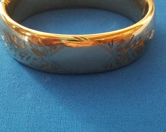 Vintage 1/20 12kt gf bracelet etched with floral design