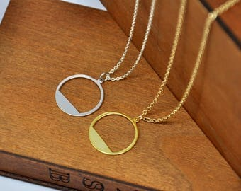 Dainty Circle Necklace in Gold or Silver, Karma Necklace, Circle Necklace, Mother's day gift, Friendship Necklace, Bridesmaid gift