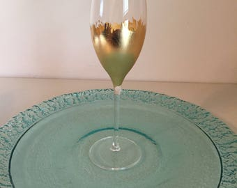 8.75oz champagne Flute, comes in gold, silver, or copper metal leaf
