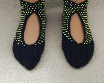 Hand knitted socks, Turkish patik, Crochet women slippers, Knitted slippers, Slippers, Winter Socks, House Shoe, Wool socks, Beaded socks