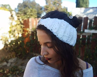 Crochet headband, White knit headband, Crochet ear warmer, Winter headband, Handmade gift for her, Made to order earwarmer
