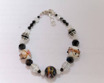 Black and white bracelet adjustable and lead free