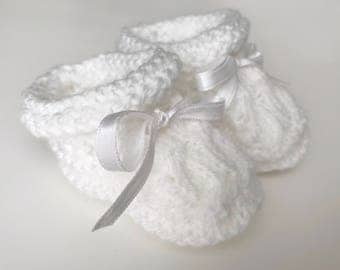 baby knitted booties - knitted booties- baby booties - baby knitting's - baby shower gift - baby gift