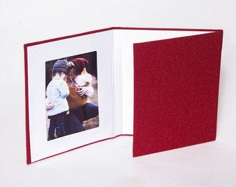4x6 Red Matted Folio, Linen Trifold, Folio, Triple Folio, Triple Frame, Portrait Folios, Photo Holder, Desk Photo Frame, Photo Holder