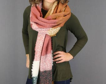 Warm woman's scarf Soft Blocks|Brick Pink Beige|Long ladies shawl|Extra thick quality|Squares Tartan