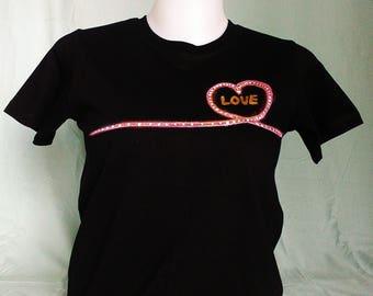 Hand painted T-shirt 'LOVE'