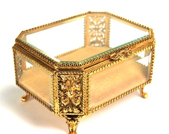 A STUNNING Medium Size Ormolu Jewelry Casket with Laurel Leaves Made by Stylebuilt Beveled Glass Box CIRCA 1940