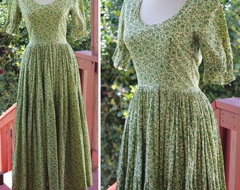 Secret GARDEN 1940's 50's Vintage Light Green + Yellow Long Floral Cotton Dress with Short Sleeves // size XS Small