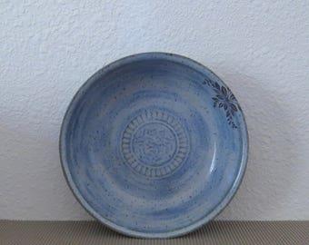 "Pie Plate Deep 9"" - Handmade Stoneware Ceramic Pottery - Sky Blue - Floral"