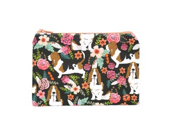 CHOOSE SIZE Basset Hounds in the Garden Zipper Pouch / Basset Hound Camera Bag on Grey / Make Up or Coin Pouch