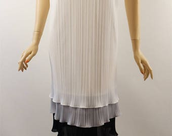 Vintage 1970s White Crystal Pleated Sack Dress by Sears Sz 10 B38