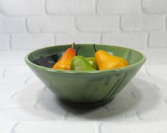 Ceramic Serving Bowl - Large serving bowl - Green Bowl - Salad bowl - Pasta bowl - fruit bowl - Popcorn Bowl - centerpiece - Serveware Bowl