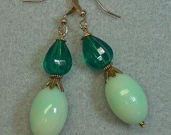 Vintage German Lucite Emerald Green Crystal Teardrop Bead Earrings Dangle Drop , Vintage Mint Green Oval Lucite Bead,Vintage Gold Bead Caps