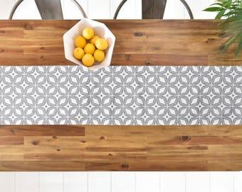 Midcentury Modern Table Runner // Table Linens // Kitchen Decor // Starburst Gray Design // Geometric // Table Decoration // Retro Style
