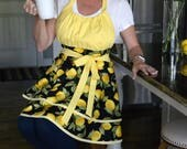 Flirty Chic Retro Apron - Womens Black Yellow Farmers Market Lemons Sexy Pinup Kitchen Apron with Pocket (DP)