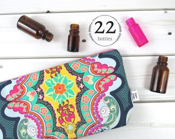 Large Essential Oil Bag -Brit Boutique - 22 bottles - cosmetic bag zipper pouch essential oil bag