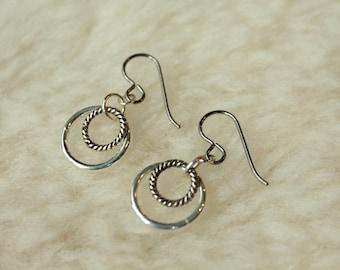 Lasso de Loop - Surgical Steel / Niobium / Titanium - Hypoallergenic and / or Nickel Free Earrings for Sensitive Ears
