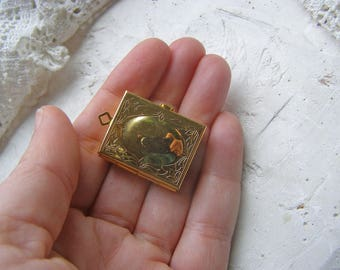 Vintage Brass Picture Locket, Book Locket, Brass Locket, Locket for Chain