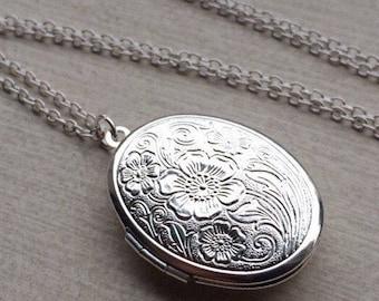 SALE Silver Locket Necklace. Oval locket.  Floral locket. Long chain necklace. Midern vintage. Lockets. Gift for girlfriend