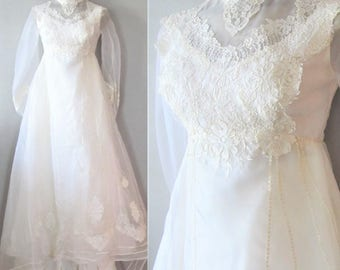 """Vintage 1960's Off-White Wedding Gown / 60s 70s Victorian Lace Bridal Dress """"Renaissance"""" Long Sleeves / Size Small"""