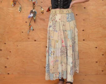 Vintage 80's Skirt Grunge/Gypsy Patchwork Maxi In Cream With Variety Floral Patterns SZ M