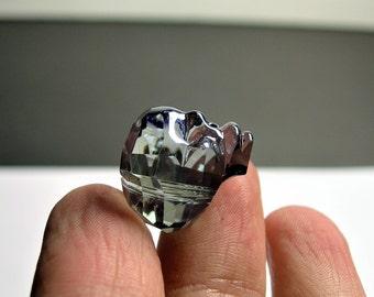 Crystal faceted skull - 1  pcs - 20mm - Dark ocean night blue - SFB2