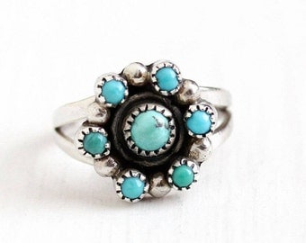 Sale - Turquoise Flower Ring - Vintage Sterling Silver Cabochon Cluster - Size 5 1/4 Retro 1970s Southwestern Native American Gem Jewelry