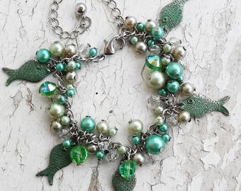 Green Crystal & Pearl Cluster Bracelet Jewelry