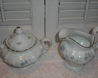Johann Haviland Blue Garland Creamer Sugar Set Bavaria Germany