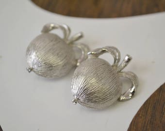 1960s Sarah Coventry Apple Silver Clip Earrings