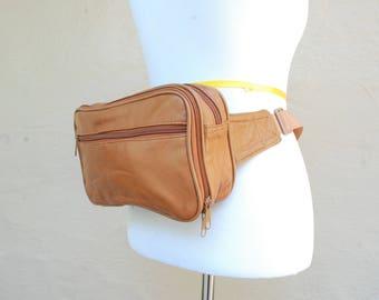 Vintage Unisex Tan Leather Fannypack Pouch Organizer Purse Belt Bag Waist Bag Hipster Moto Biker Bag ID Holder Travel Bag Boho Hippie
