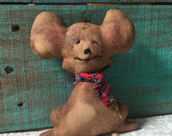 primitive mouse decor - country primitive decor - primitive folk art mouse - gingerbread mouse - mouse bowl filler - primitive Christmas