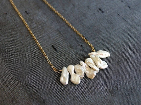 14k solid gold : Freshwater pearl necklace