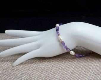 Amethyst and Freshwater Pearl Bracelet