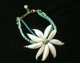 Turquoise & Shell Beaded Big Flower Bracelet Unique