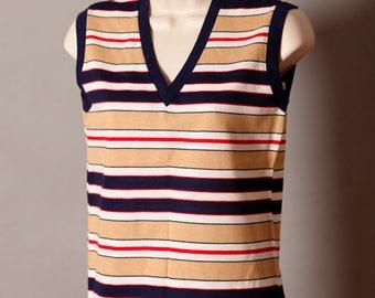 Vintage 70s 80s Womens Vneck Sleeveless Tank Top - Queen Casuals