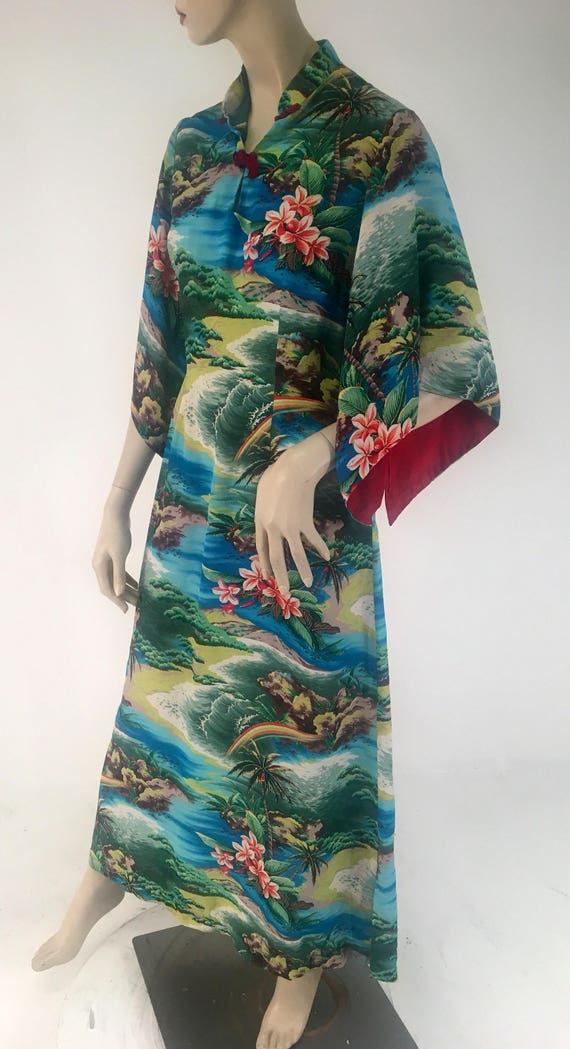 Vintage 1950s Rayon Pake Muu by Hale of Hawaii Large