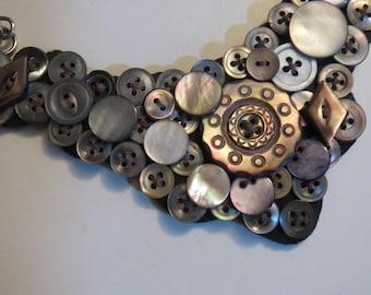 Button Bib Necklace, Vintage Pearl Button Necklace,