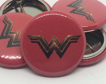 "Wonder Woman | Logo (2017) | 1"" Buttons"